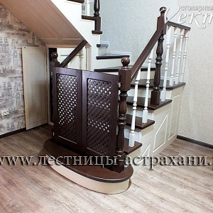 детская безопасность.Защита от падения детей с лестницы,лестницы недорого в Астрахани и Атырау из сосны