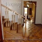 лестница для дачи и коттеджа не дорого,мастер на замер в Астрахани,замер лестницы цены в Астрахани