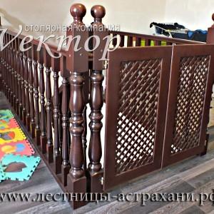 Защита от падения детей,детская безопасность,Астрахань,лестницы недорого из сосны