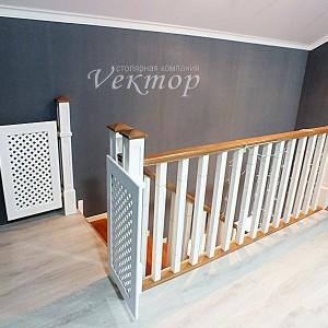 Недорогие лестницы для дома и коттеджа в Астрахани из сосны,ясеня, бука, лестницы Астрахани цены