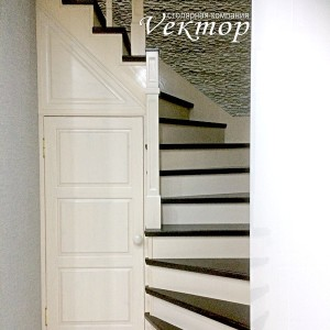 лестница для дачи и коттеджа не дорого,мастер на замер в Астрахани,замер лестницы